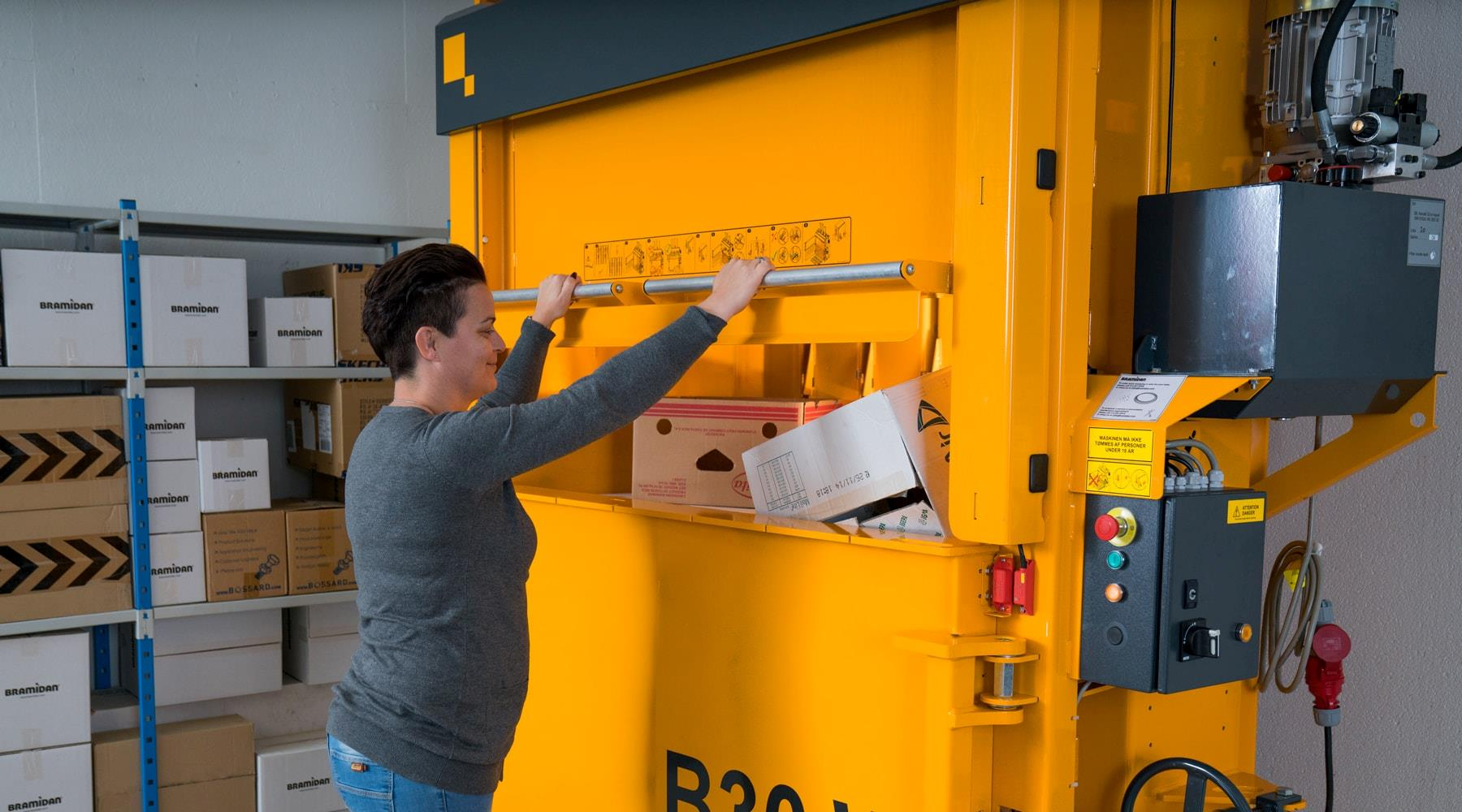 Bramidan balers for waste