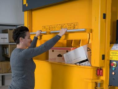 Baler door type significantly affects the comfort and efficiency of the baler